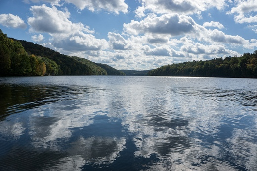 lake-clouds