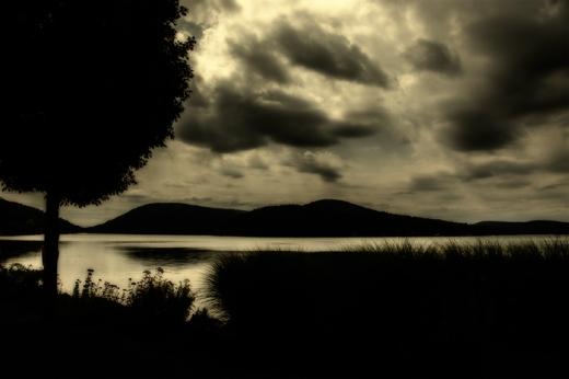 midnight-lake